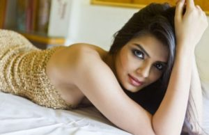 ex-contestant-from-bigg-boss-created-havoc-with-bold-photo