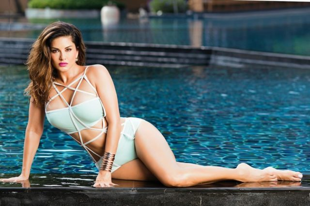 sunny-leone-is-unstoppable-by-her-latest-pics-constantly-posting-on social