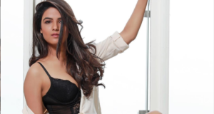 TV Actress Jasmin Bhasin Turns up the Heat with her Latest Pictures