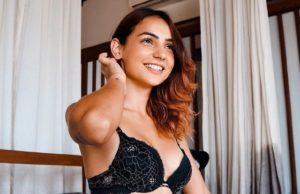 kat kristian goes nude in latest picture
