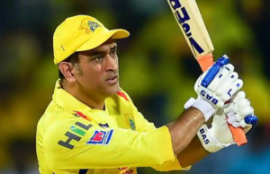 ms-dhoni-takes-an-excellent-diving-catch-watch-video