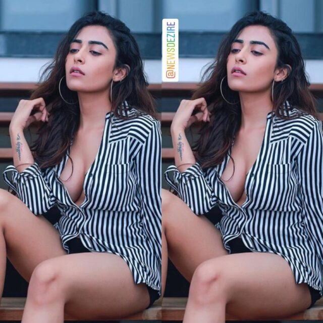 Jinal Joshi Flaunts her Sexy Cleavage in these Picture