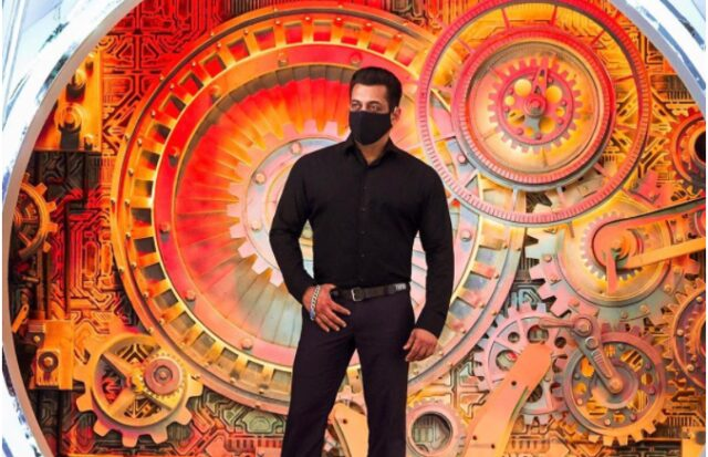 Salman Khan Wears a Mask in First Pic From Bigg Boss 14 Sets