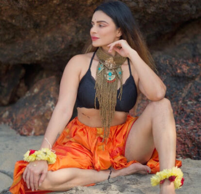 naagin star aashka goradia turns up the heat with her bold pictures