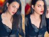 Himanshi Khurana Sets Internet On Fire With Sensuous Pics